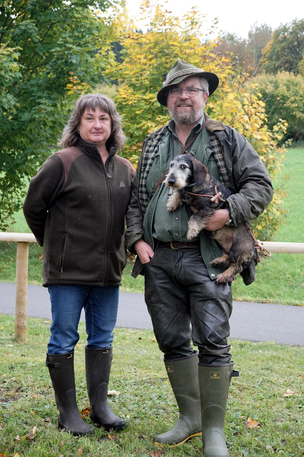 Hundeobfrau Ute Ehebauer und Ausbilder Reinhold Galli